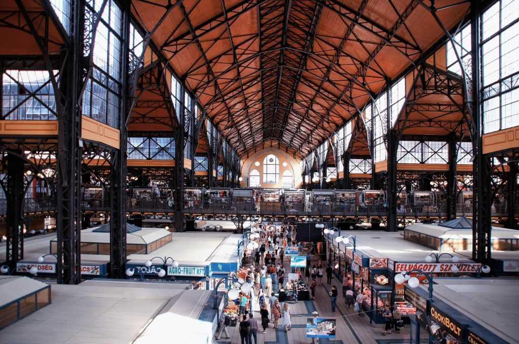 השוק המקורה בבודפשט