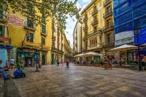 רחוב טיפוסי בברצלונה