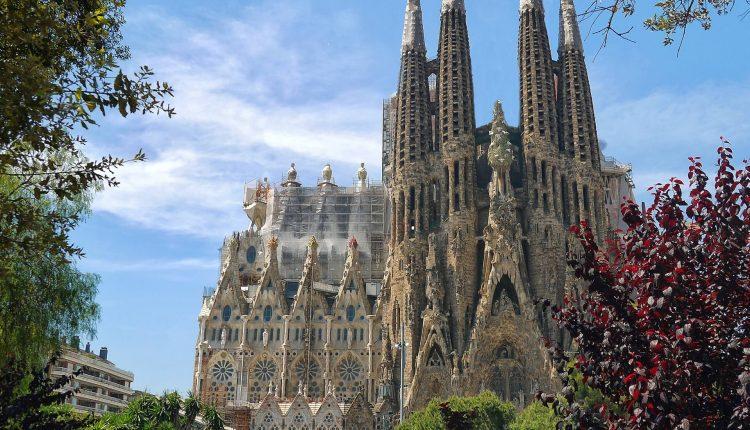 סגרדה פמיליה ברצלונה 2020 - כרטיסים, מחירים ועקיפת התורים