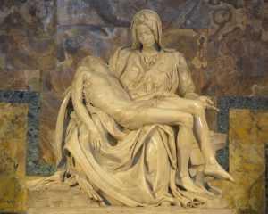 פסל הפייטה המפורסם של מיכאלאנג'לו