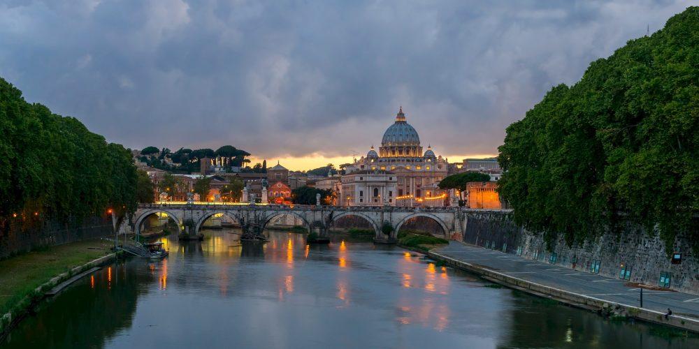 רומא מטיילים בעולם