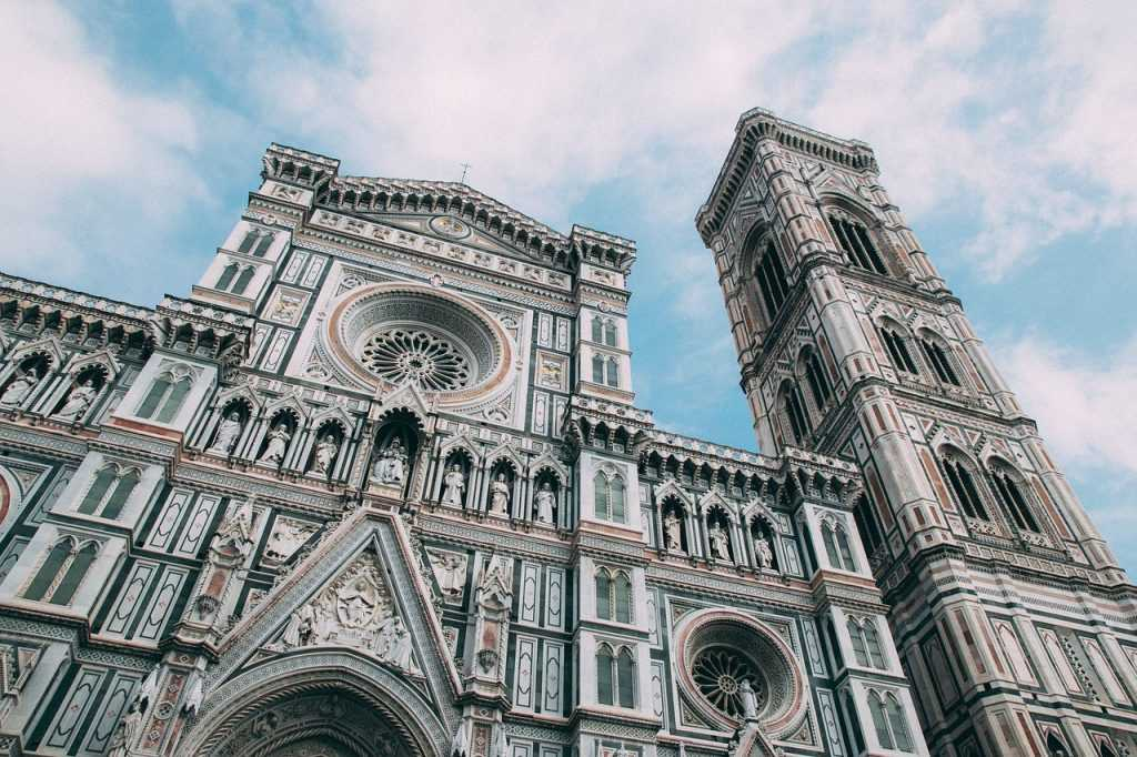 cathedral-3413230_1280