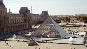 מוזיאון הלובר פריז