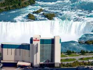 מלון מריוט בניאגרה פולס - נוף ישיר ומדהים אל המפלים, גם מהחדרים.