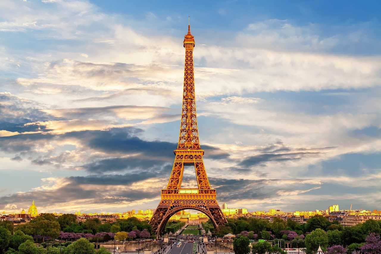 מגדל אייפל 2021 - כרטיסים, הנחה וכל המידע לביקור במגדל!