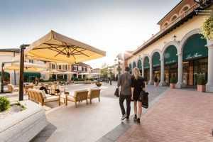 אאוטלטים במילאנו - הכירו את קניון סרוולה (Serravalle)