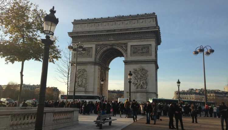 arc-de-triomphe-648301_1280-min-750x430