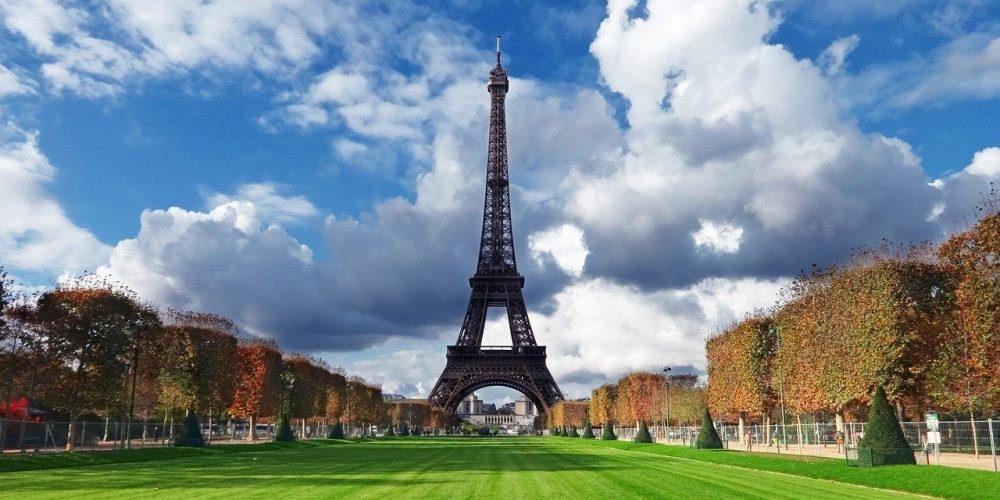 פריז מטיילים בעולם