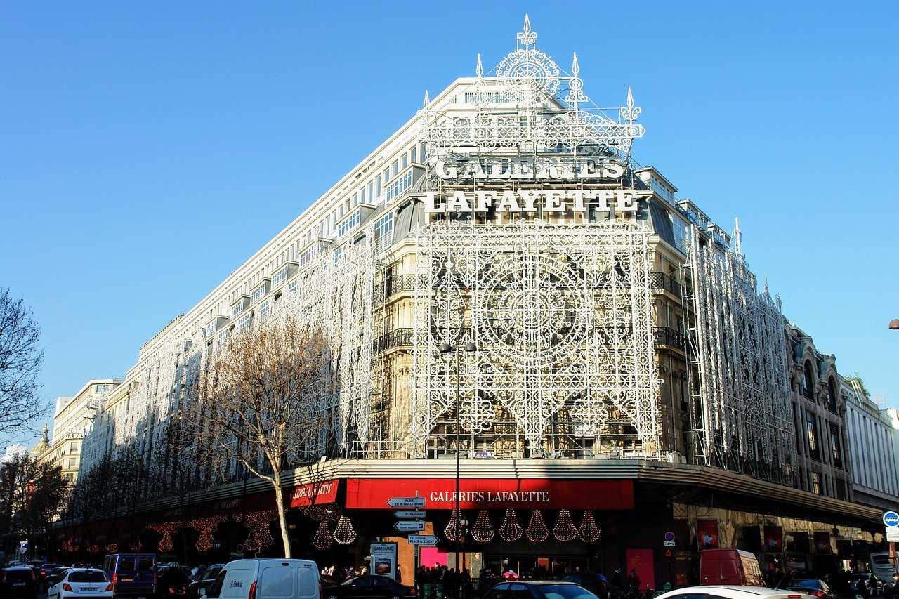 גאלרי לפאייט בפריז ב-2021 - כל מה שצריך לדעת על הקניון המפורסם בעולם