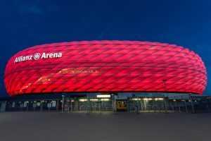 אצטדיון אליאנץ ארנה מינכן 2021 - כרטיסים לסיור, מחירים ועוד