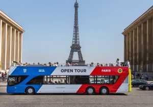 סיור אוטובוס תיירים בפריז