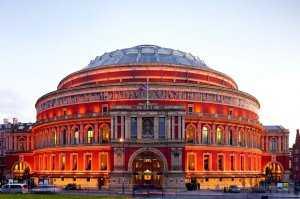 הגולשים שאלו: סיור באולם אלברט הול בלונדון - האם כדאי?