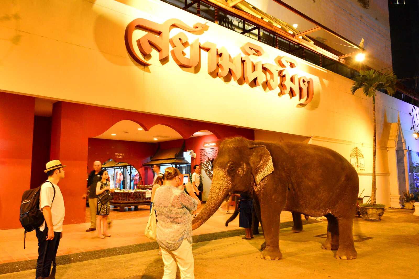 המופע סיאם נירמיט (Siam Niramit) בנגקוק - כמה עולים כרטיסים?