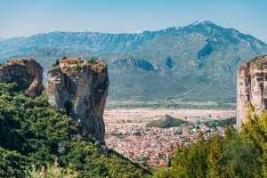 הנוף ממנזרי מטאורה יוון