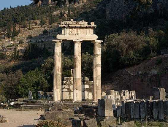 delphi-1178710_640