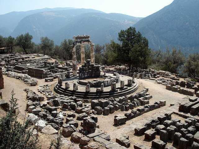delphi-83472_640