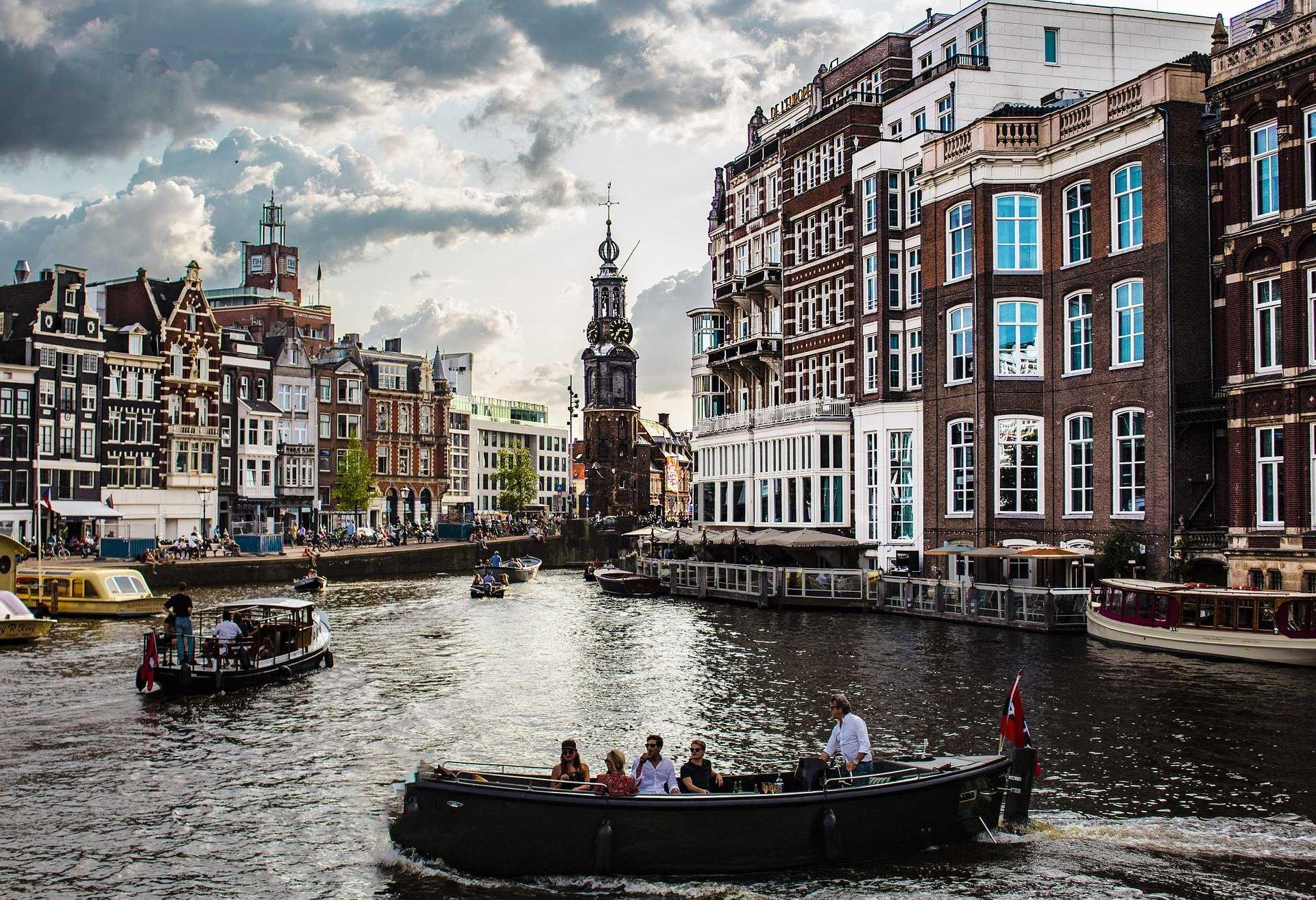 מלונות כשרים באמסטרדם - המדריך הטוב ביותר לחופשה כשרה באמסטרדם!