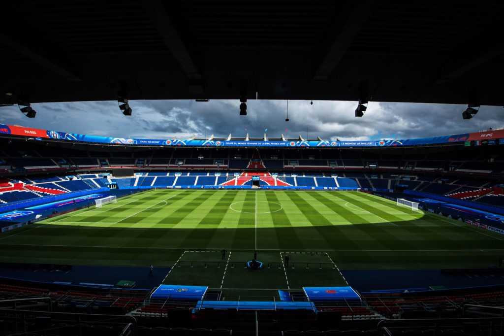 אצטדיון פארק דה פראנס המפואר בפריז